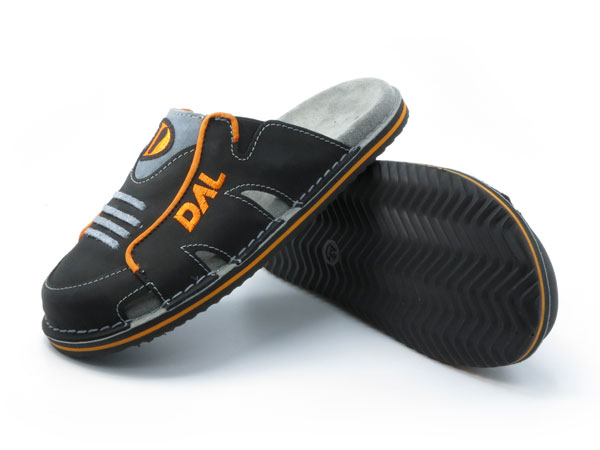 Športni natikači art. 104 črna oranžna
